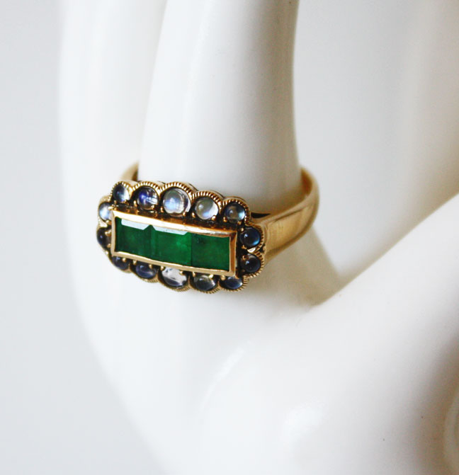 1920s Emerald & Moonstones Channel Set Ring-