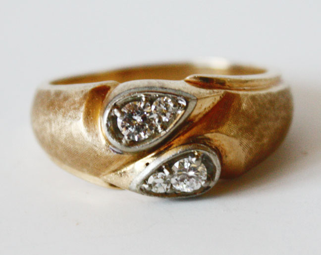 Gentlemens Antique 4 Diamonds Gold Ring-
