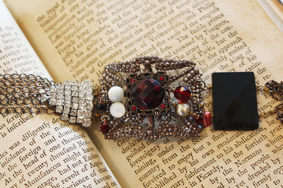 Red Carpet Ready- Bracelet-