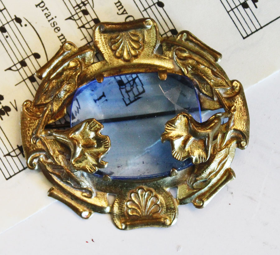 Art Nouveau Brooch Pin Gorgeous Color-