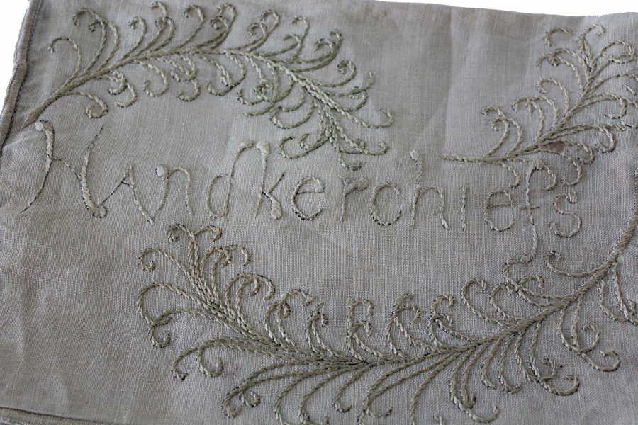 Vintage French Linen Handkerchief Bag Embrodiered-