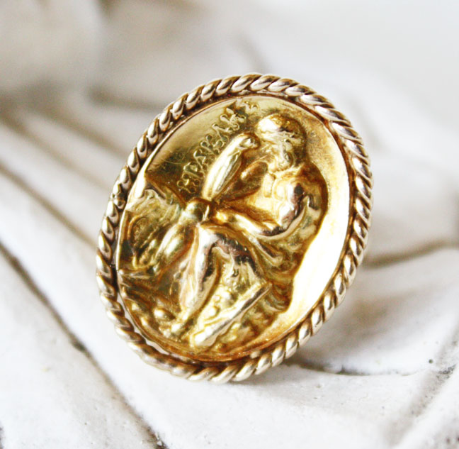 Gold Victorian Estate Cameo of Hercules 1850s Ring-