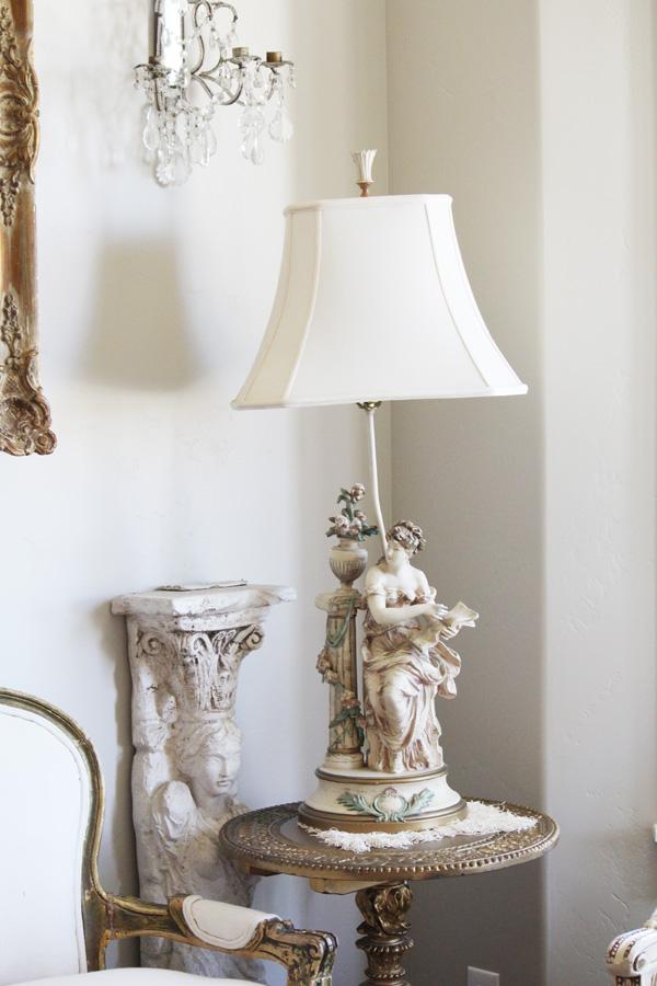 Beautiful Antique Moreau Woman Lamp w/Roses-