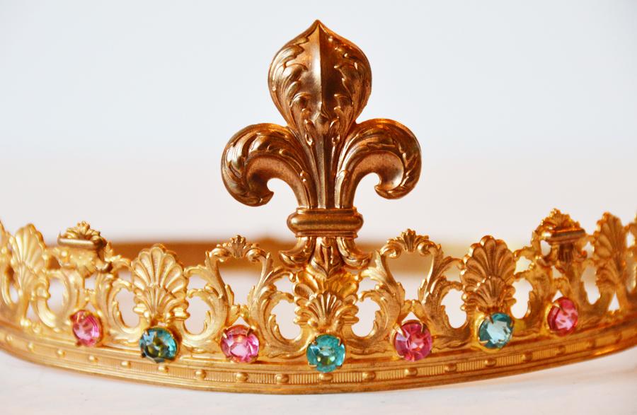 Lifesize French Fleur De Lis Saint Crown 1900s Rare Pink & Aqua-