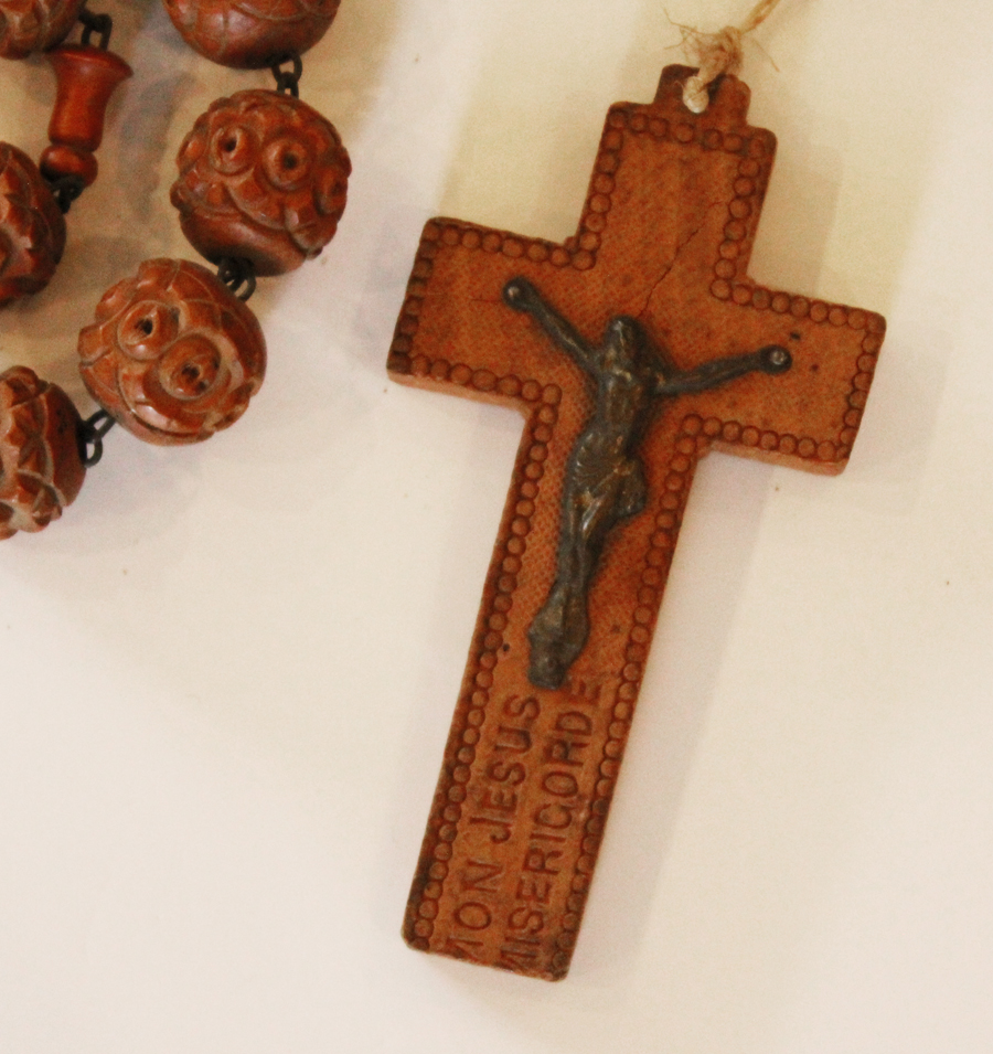 Incredible 1920s Wood French Nuns Beads Rare Lourdes France-