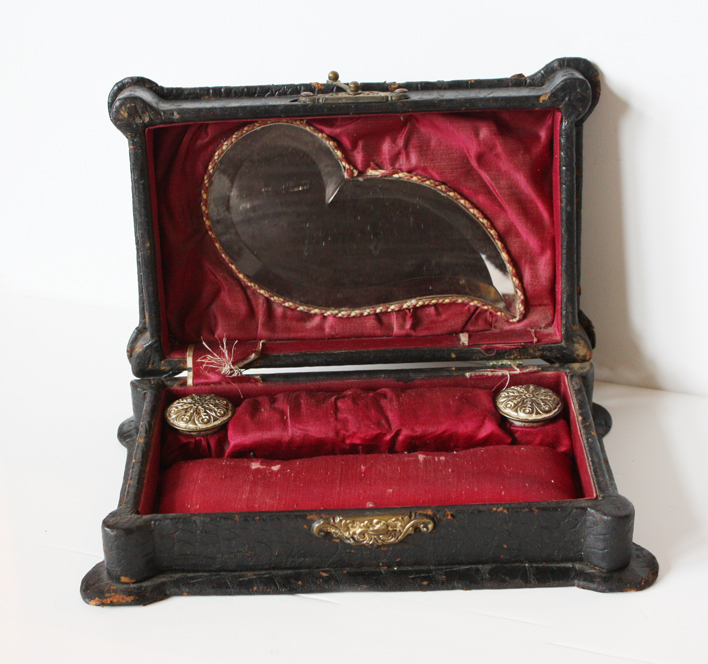 Incredible 1800s Alligator Skin Treasure Box w/ Mirror-