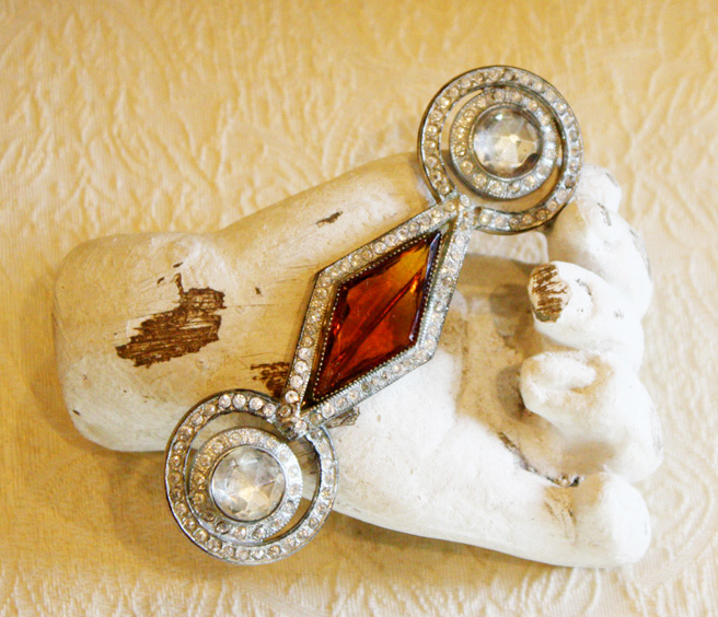Amber and Rhinestones Vintage Brooch/Pin