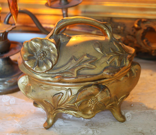 French Art Nouveau 1900s Xlrg Casket