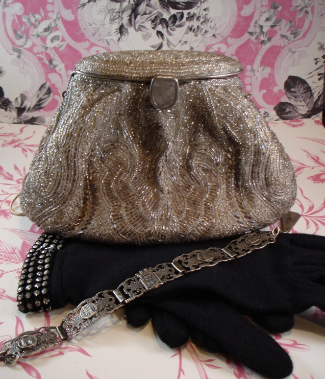 1920s Sead Beaded Silver Purse Incredible Details-