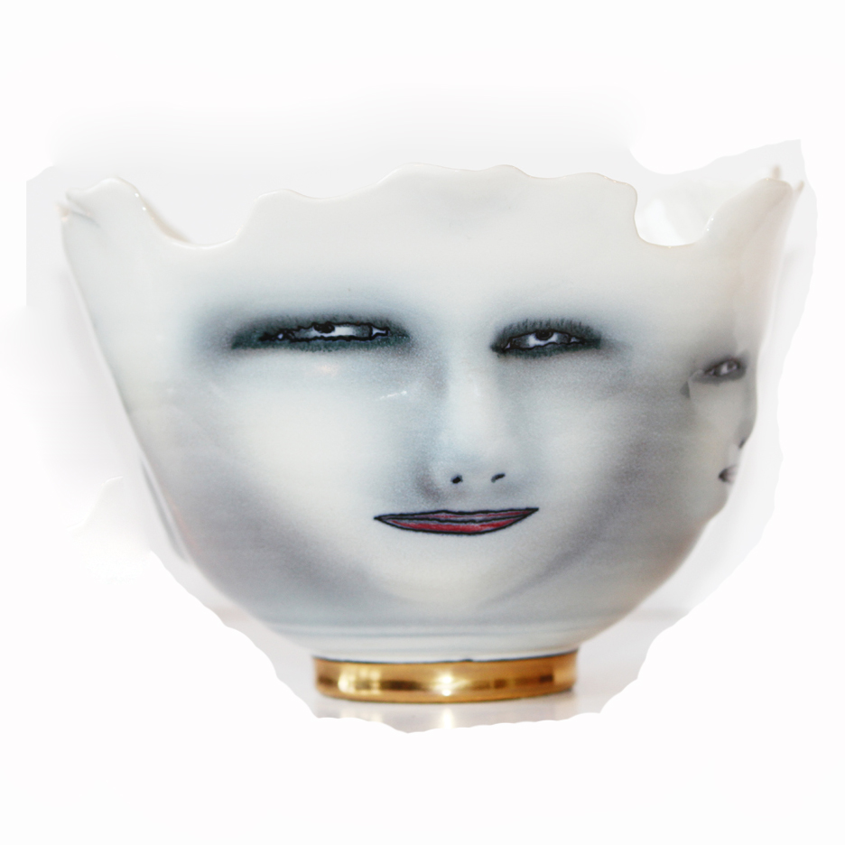Wonderful Art Bowl Scultped & Handpainted Faces-
