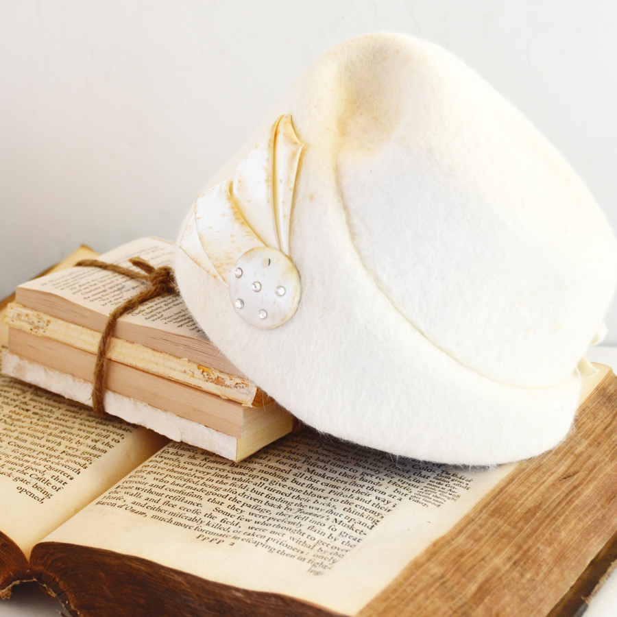 Antique Creamy White Snow Queen Winter Hat