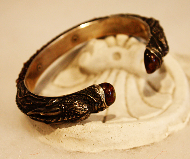Dragon Mens Bracelet Incredible-