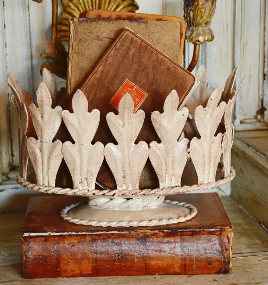 Antique Italian Tole Urn Fleurs Leaves-