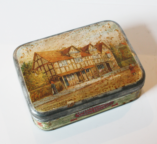 Wonderful Antique Tin Beautiful English FarmHouse Scenery