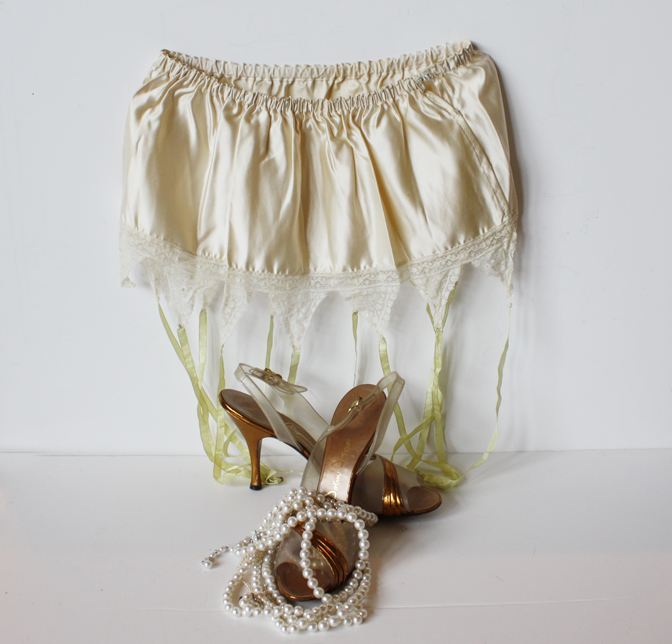Rare French Garter Belt Mint Condition Silk Early 1900s-