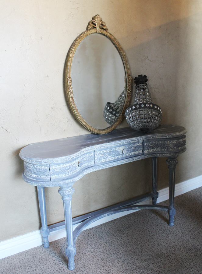 Antique Grey Distressed Kidney Table/Vanity/Desk