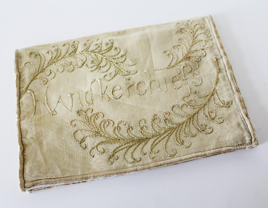 Vintage French Linen Handkerchief Bag Embrodiered