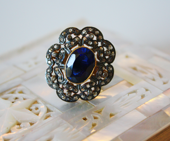 Victorian Ring Estate 1.22 CTW Rose Cut Diamond & Sapphire Ring