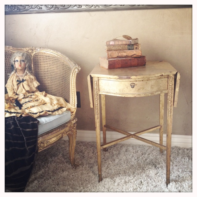 Antique Italian Florentine Gilt Endtable/Sidetable-
