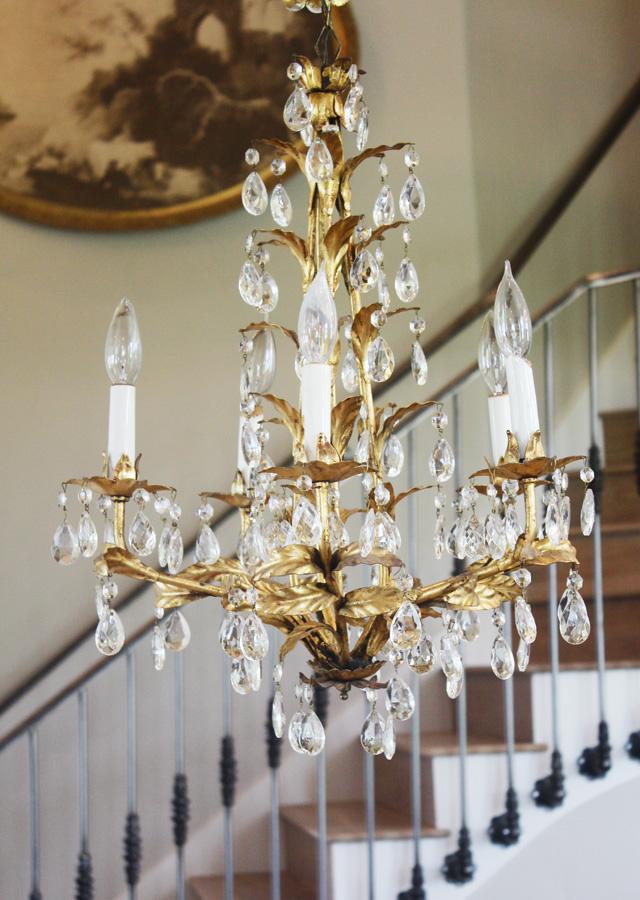 Gorgeous Crystal Prisms Xlrg Italian Tole Gilt Chandelier-