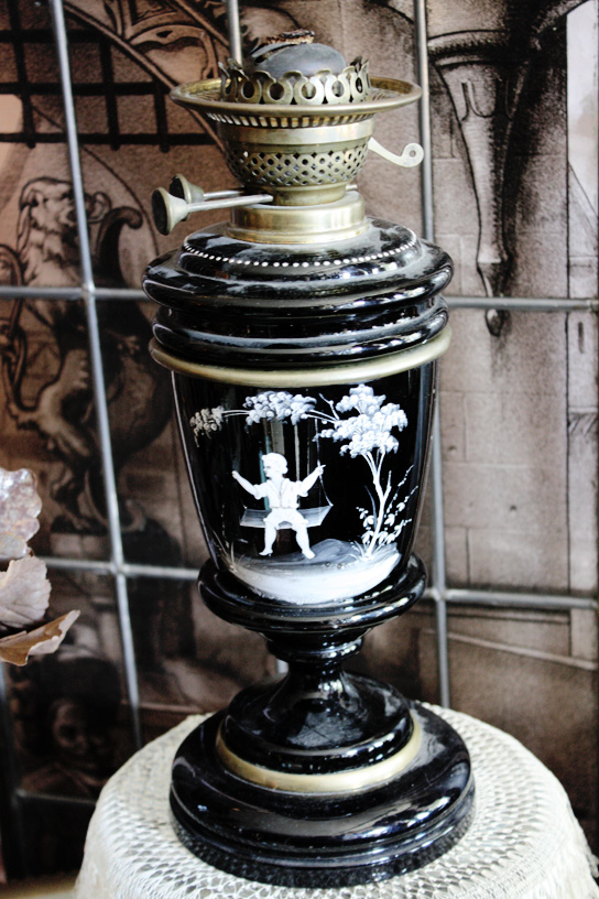 Mary Gregory Extremly Rare Form Karosine Lamp 1880s-