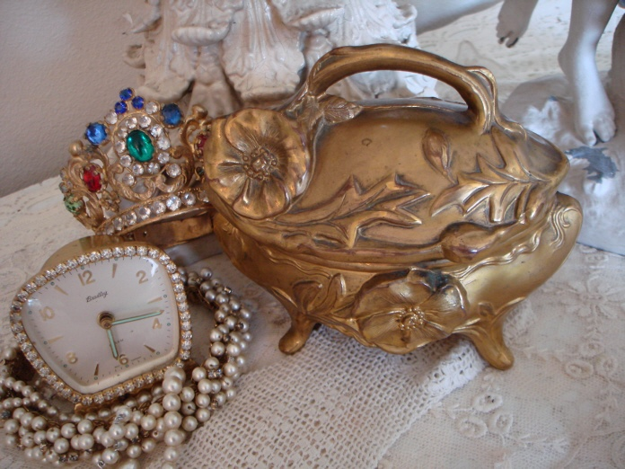 Large ANTIQUE Art Nouveau CASKET Incredible Details