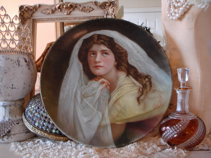 BEAUTIFUL Antique VICTORIAN GODDESS TRAY