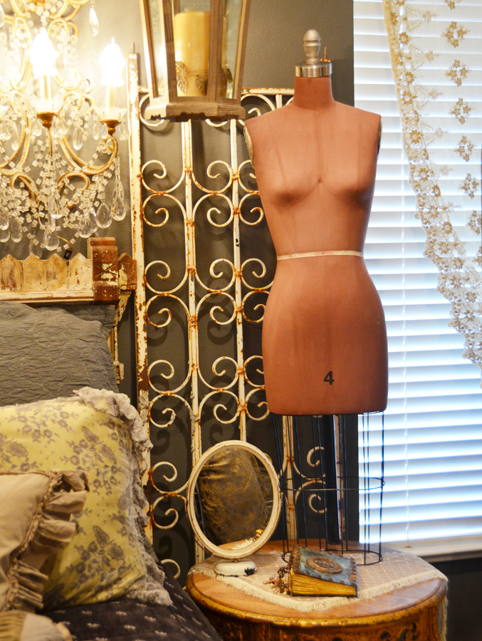 Rare Vintage Cage Bottom Dress Form Mannequin-dress form, mannequin, dressform, antique, vintage, display,