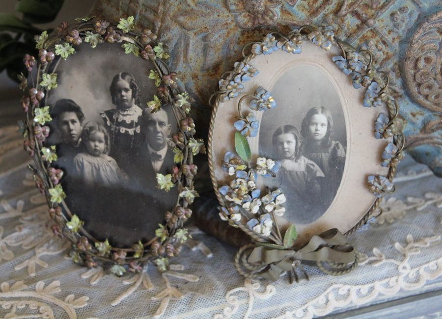Rare Victorian 1800s French Tole Floral Picture Frames