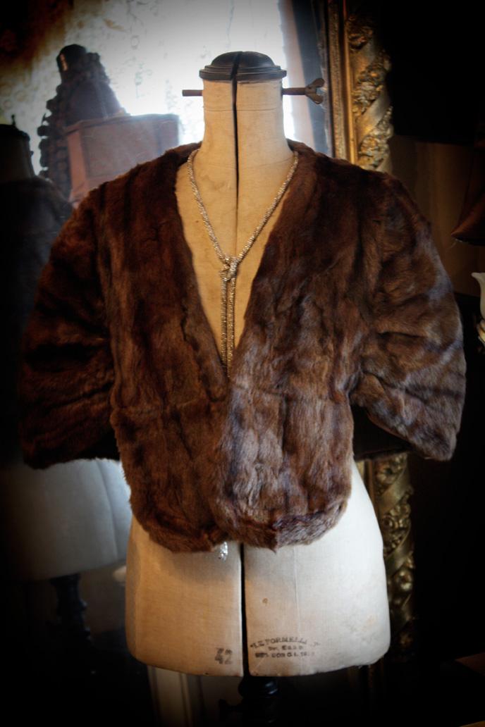 Vintage Gorgeous Fur Shawl Cloak