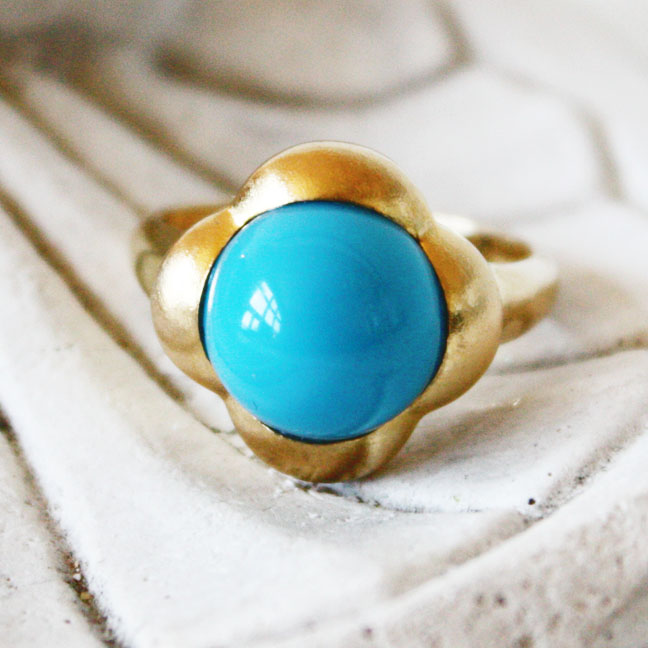 Fine Persian Turquoise Cabochon Ring 14k Gold-