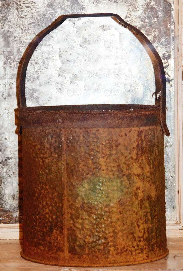 Antique Old French Farmhouse Rusty Metal Bucket-