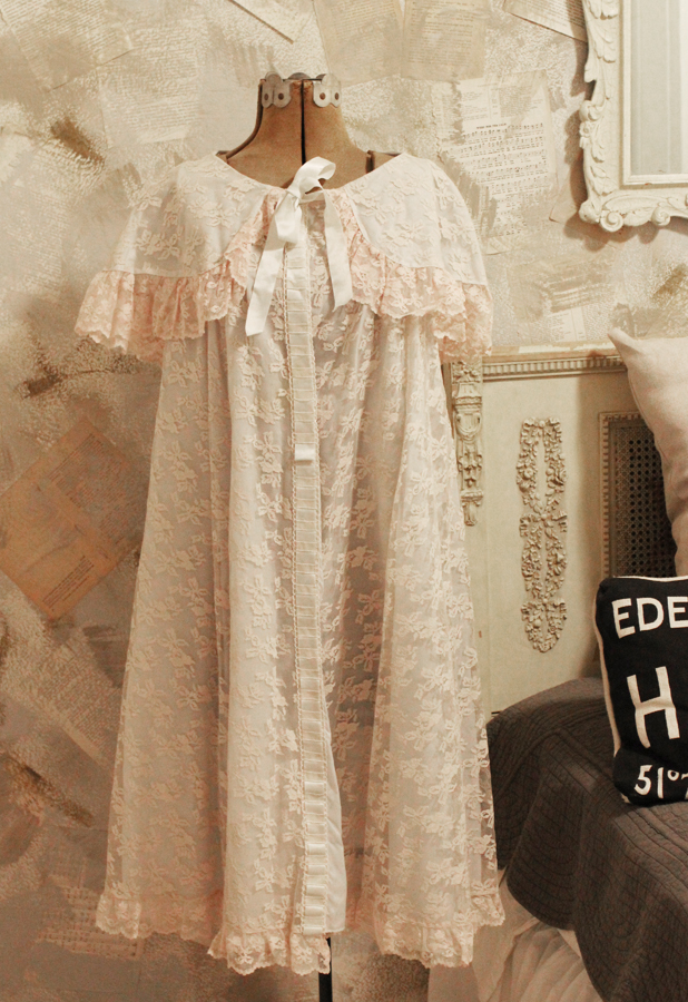 Incredible Pale Pink & Baby Blue Lace Evening Robe