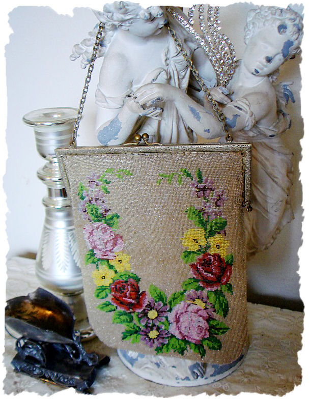 1900s French Handbeaded Purse Gorgeous Flowers-