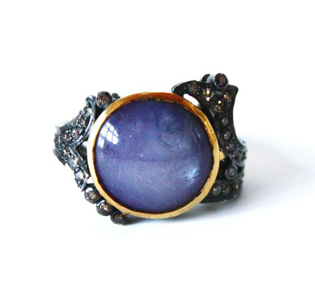 Antique Star Sapphire 8.5 Carats w/ Diamonds Ring-