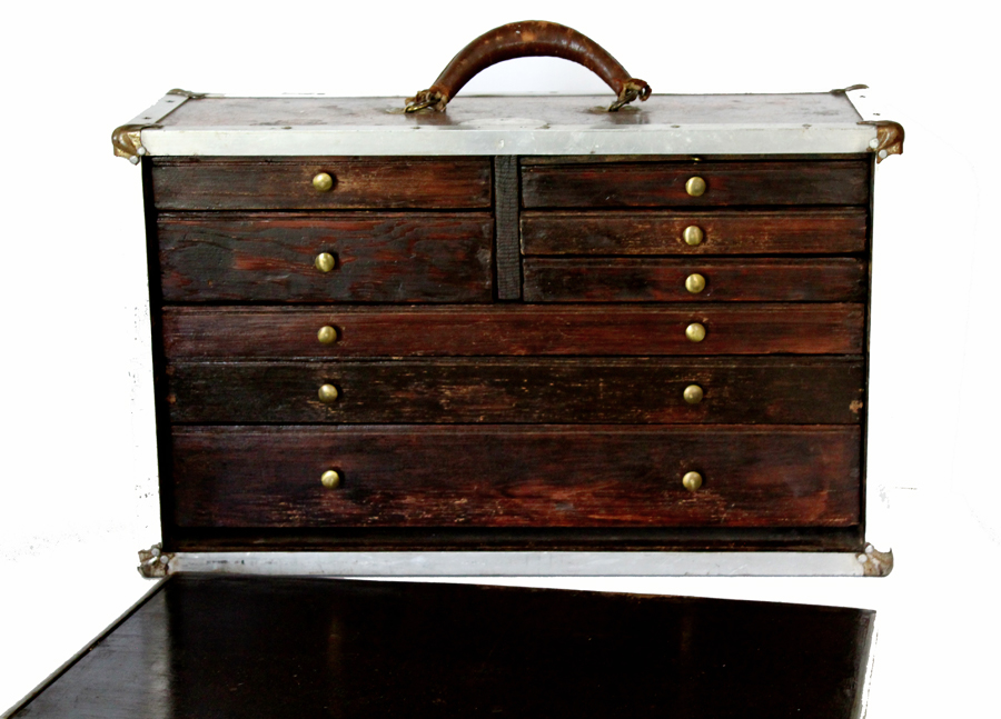 Antique Traveling Salemans Suitcase of Drawers