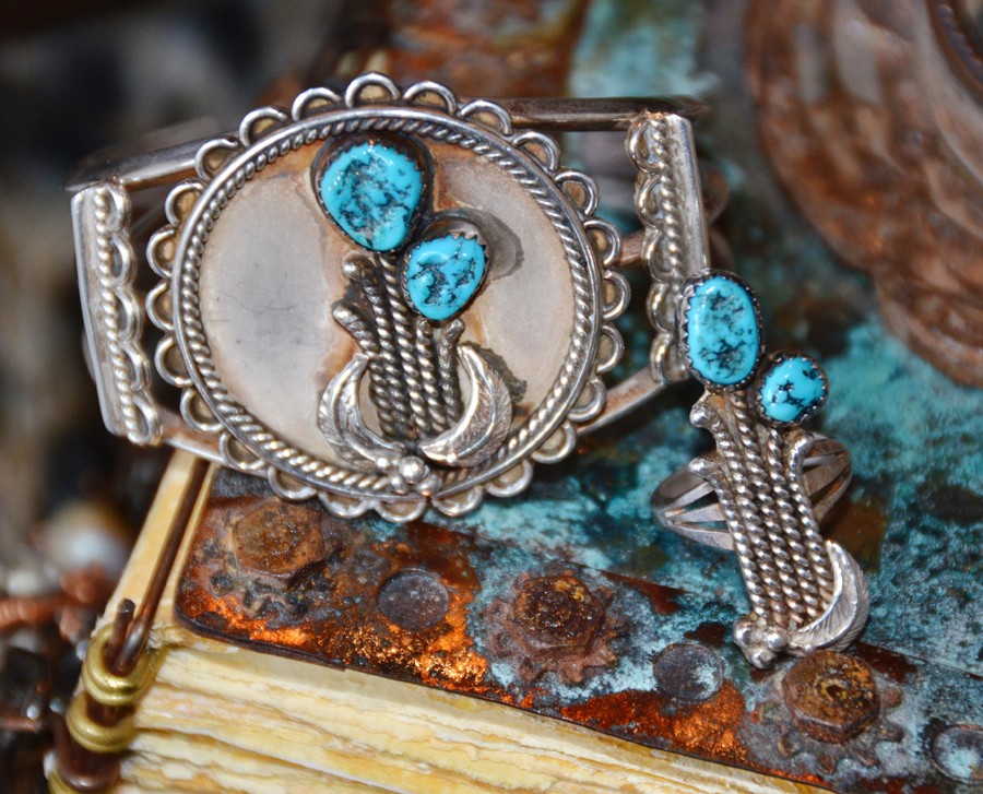 Vintage Native Turqoiuse Bracelet Cuff & Ring Matching Set-