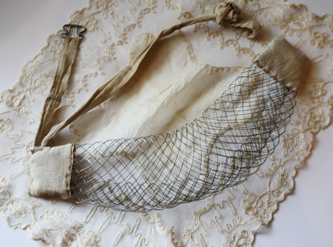 Rare Victorian Mesh Bustle Late 1800s Great for Dressforms