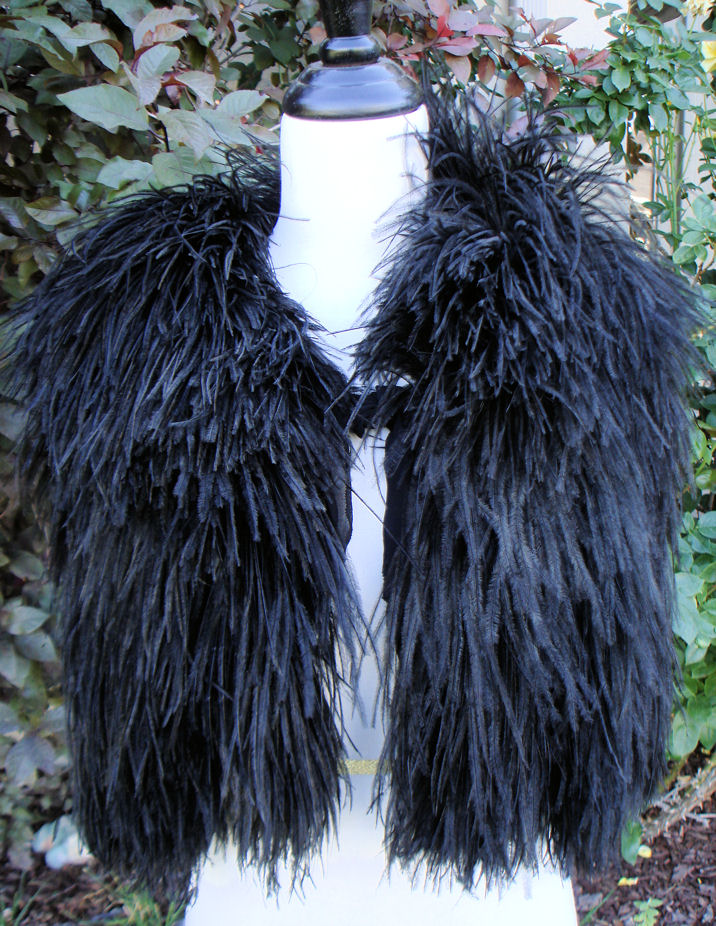 Victorian Ostritch Feathers Womens Cloak MINT 1900s Smashing-